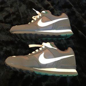 Nike Shoes - ❗️Like Nike MS78 LE Dark Grey/White-Fresh Water❗️